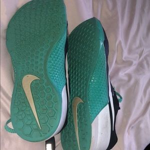 Nike Shoes - Nike Metcons IN GOOD CONDITION